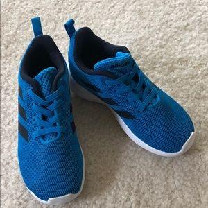 Adidas toddler boy sneaker 9 blue